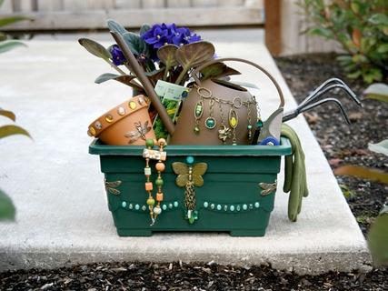 Emma's Garden Gift Basket