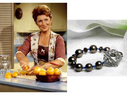 Marion Cunningham-Lisas Gift Bracelet