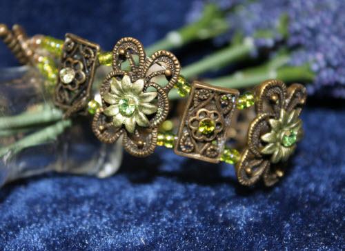 Green Floral Bracelet