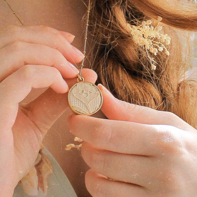 Custom fabric jewelry