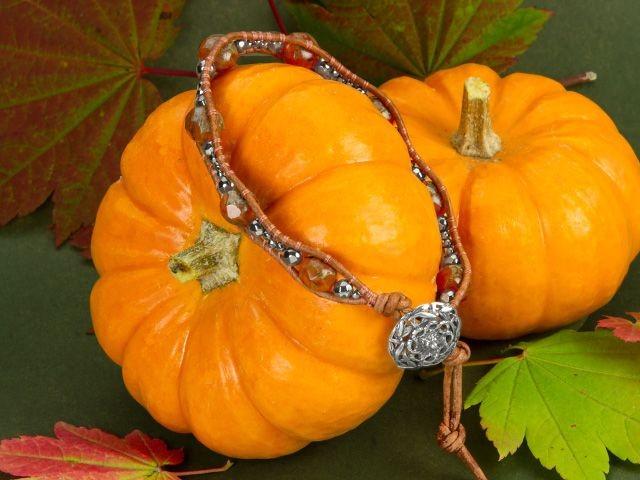#Beadtober Pumpkin Spice Bracelet